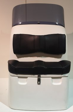 Dual Cruise twin helm console