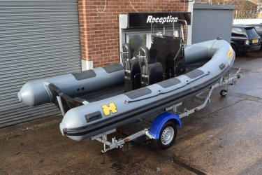 Humber Destroyer 5.5m Professional RIB